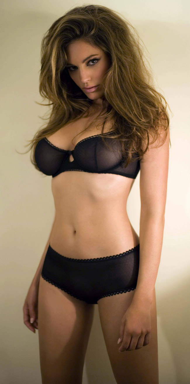 Young Kelly Brook nude (79 photo), Ass, Hot, Boobs, underwear 2006