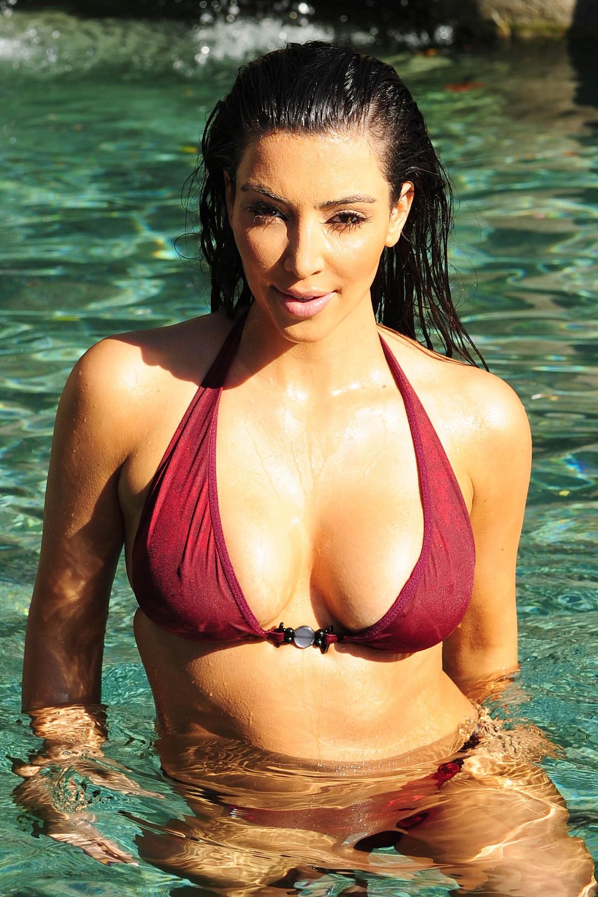 bikini kim Photo
