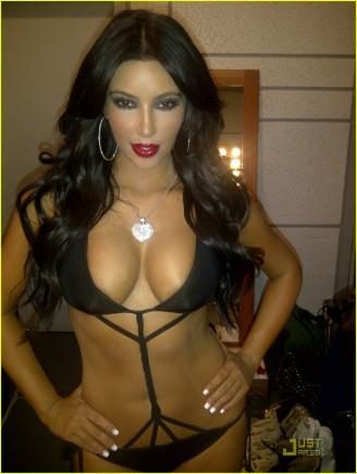 kim-kardashian-sexy-photo-shoot-01
