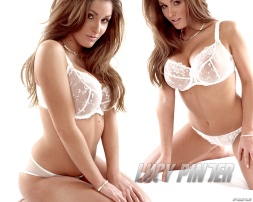 lucy_pinder_9